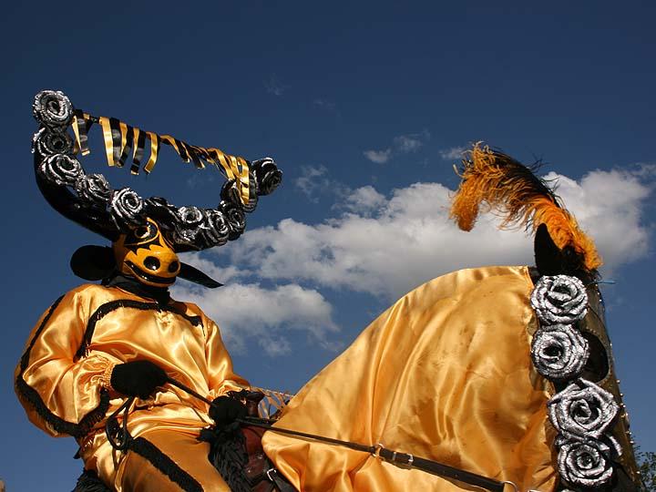Image: mascarados2.jpg